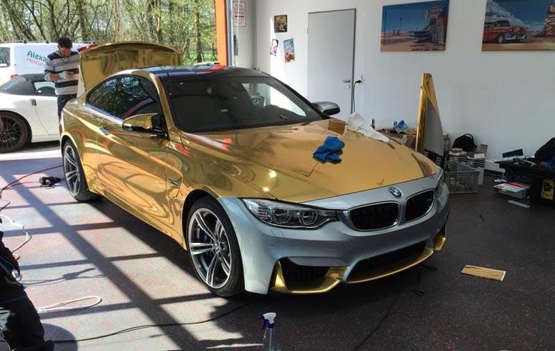 BMW wird gold foliert